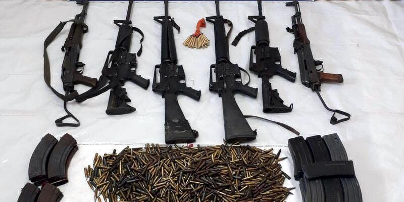 Tunceli'de öldürüle 10 teröriste ait silah ve mühimmatlar ele geçirildi