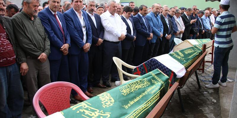 İstanbul'daki kazada ölen 3 kardeş Ordu'da toprağa verildi