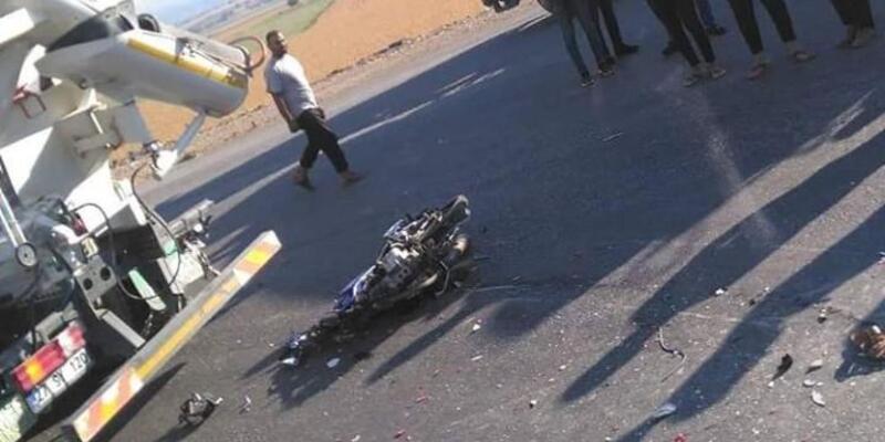 Beton mikserine çarpan motosiklet sürücüsü öldü