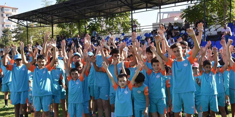 Kocasinan'dan çocuklar için futbol turnuvası
