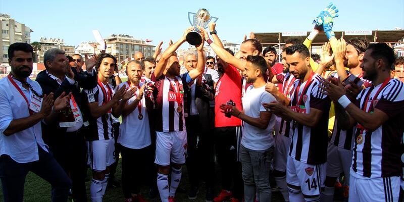 Hatayspor 2017-2018 sezonu şampiyonluk kupasını aldı