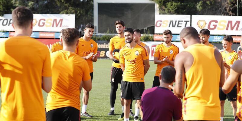 Emre Akbaba Galatasaray'da ilk antrenmanına çıktı