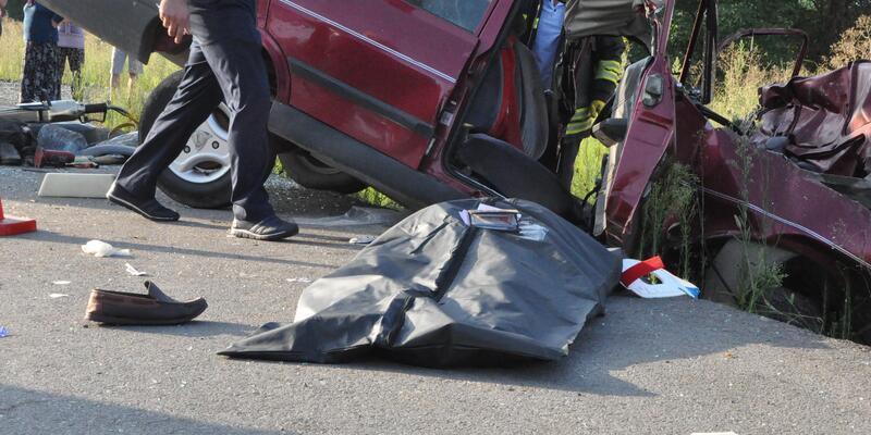 Samsun'da hatalı sollama kazası: 2 ölü, 1 yaralı