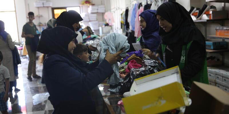 İHH'den Suriye'de 20 bin kişiye bayramlık