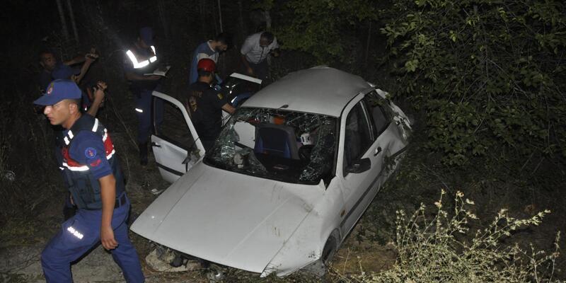 Otomobil ile üç tekerli motosiklet çarpıştı: 10 yaralı