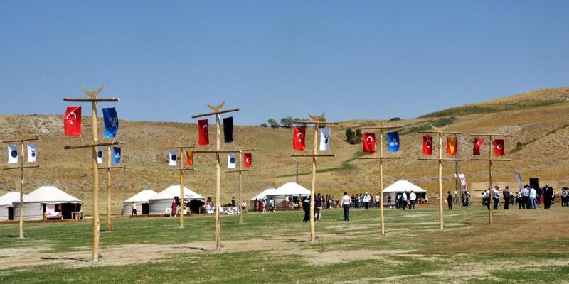 1071 Malazgirt Zaferi'nin yıl dönümü kutlamaları başladı