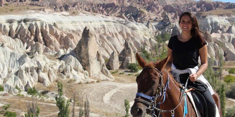 Doç. Dr. Onmaz: İmkanı olan sevdiğine at alsın