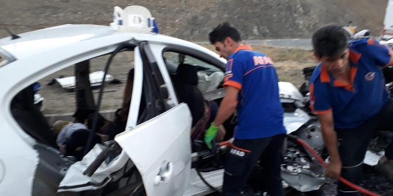 Erzincan'da katliam gibi kaza: 3'ü çocuk, 7 ölü, 3 yaralı
