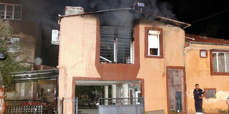 Müstakil ev, yangında kül oldu