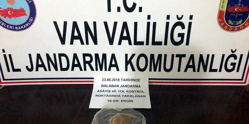 Van'da jandarmadan uyuşturucu operasyonu: 12 gözaltı