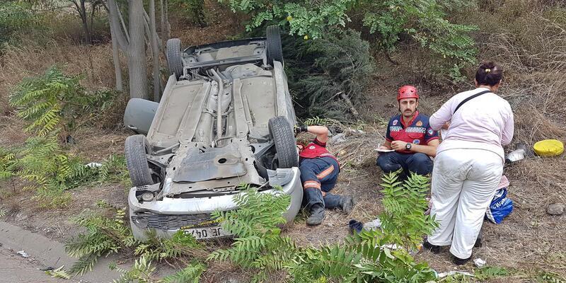 Otomobil takla attı, aile ölümden döndü