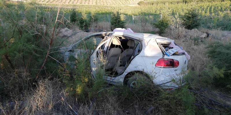 Niğde'de otomobil takla attı: 3'ü çocuk 5 yaralı
