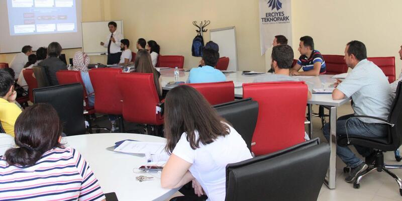 Erciyes Teknopark'ta bilgilendirme toplantısı