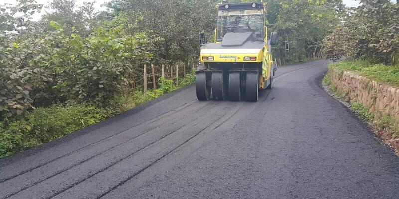 Büyükşehir Belediyesi Ulubey'de 121 kilometre asfalt yol yaptı