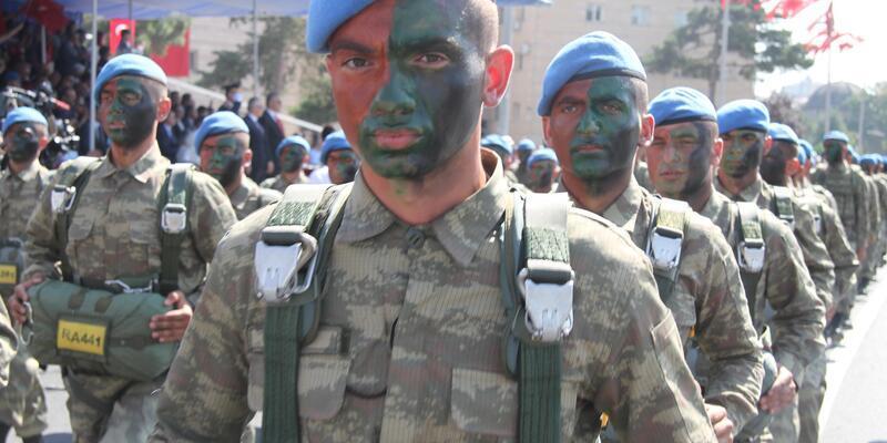 Kayseri'de 30 Ağustos Zafer Bayramı, törenlerle kutlandı
