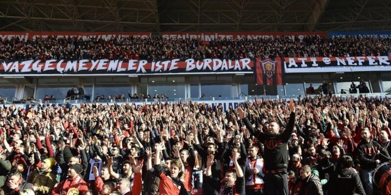 Konyaspor'dan Eskişehirspor'a destek
