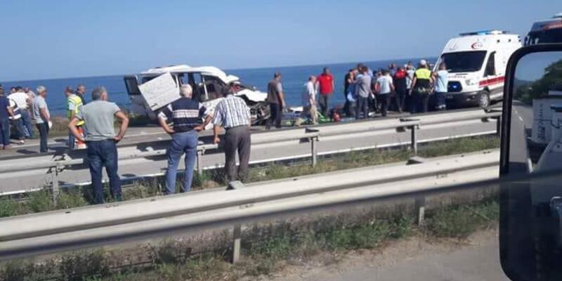 Giresun'da minibüs takla attı: 3 ölü, 1 yaralı