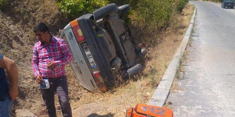 Türkoğlu'nda otomobil devrildi: 6 yaralı