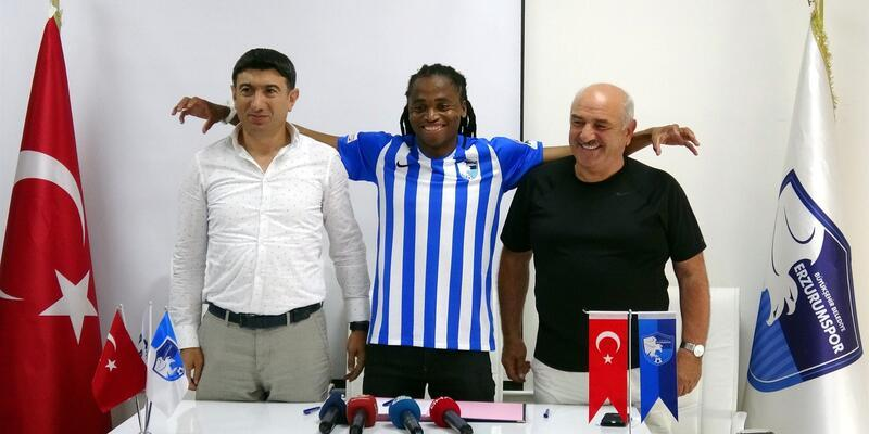 Tshabalala Erzurumspor'a imzayı attı