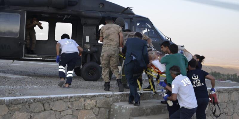 Maganda kurşunuyla yaralanan gence askeri helikopterle sevk
