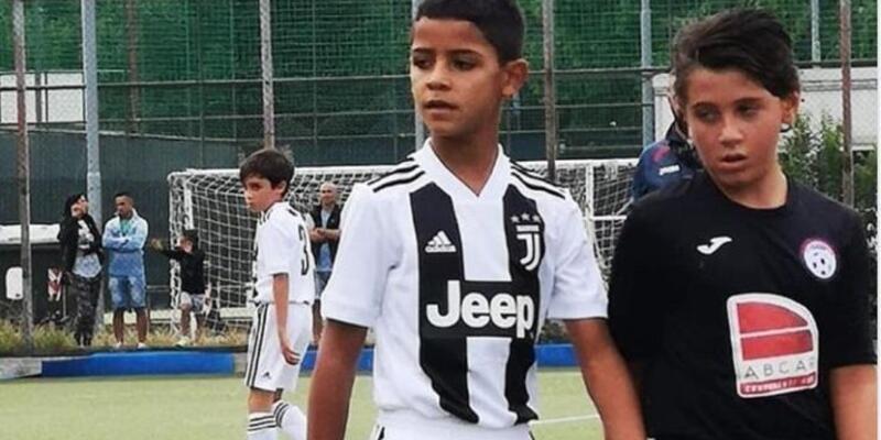 Henüz gol atamayan Cristiano Ronaldo'nun oğlundan 4 gol birden