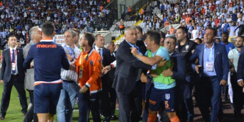 Emre Belözoğlu ve Belhanda PFDK'ya sevk edildi