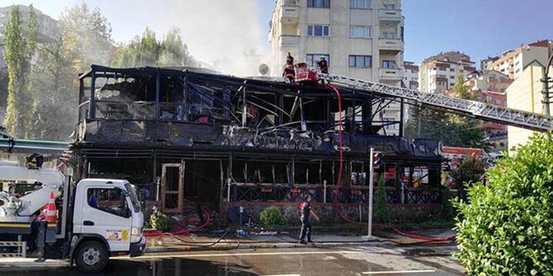 Trabzon'da ahşap restoran yandı
