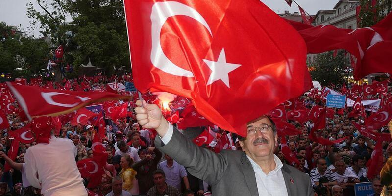 Trabzon'da belediye taraftarı milli maça ücretsiz taşıyacak