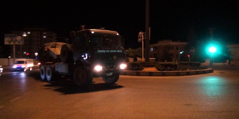 Kilis sınırında askeri hareketlilik sürüyor (2)