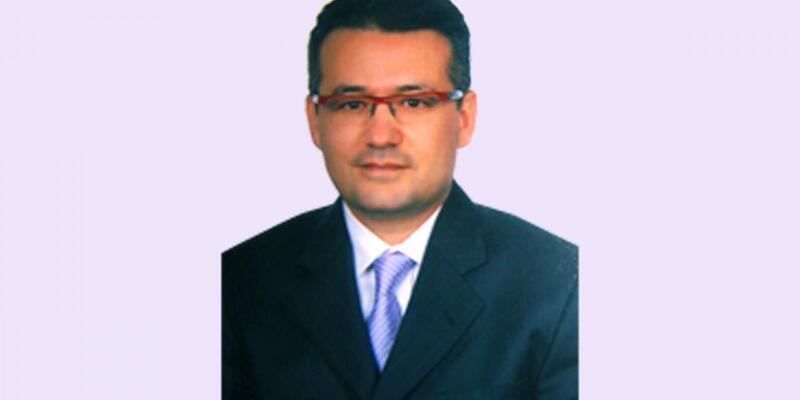 Prof. Dr. Çayan, Tıp Bilimlerine Yön Veren 100 Türk' kitabında
