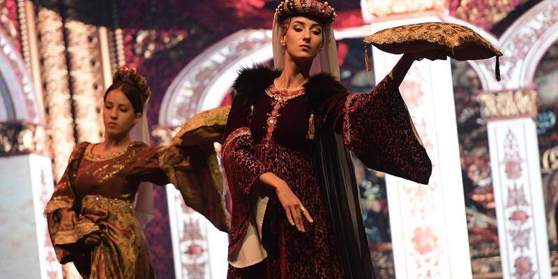 Fuar'da 'Romeo ve Juliette' gösterisi