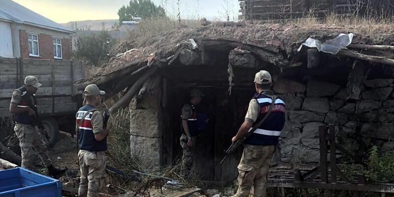 Tokat'ta jandarmadan Narkotik ve Huzur Güven uygulaması
