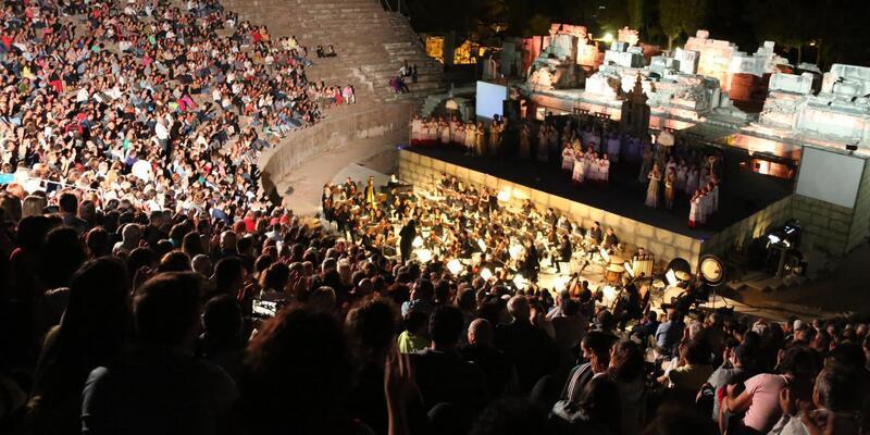 Efes Antik Kenti'nde 'Tosca Operası' sahnelendi