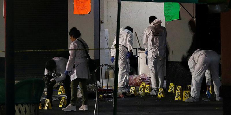 Meksika'da vahşet: 6 kişinin başını kesip dolaba koydular