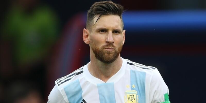 Messi öz eleştiri yaptı