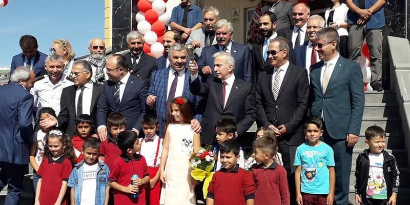Kayseri'de 304 bin 37 öğrenci ders başı yaptı