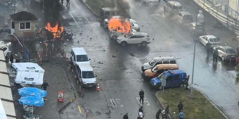 İzmir Adliyesi'ne saldırı davasında sanığın adli kontrol şartlarının kaldırılması talebine ret