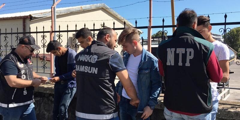 Samsun'da narkotik polisinden uygulama