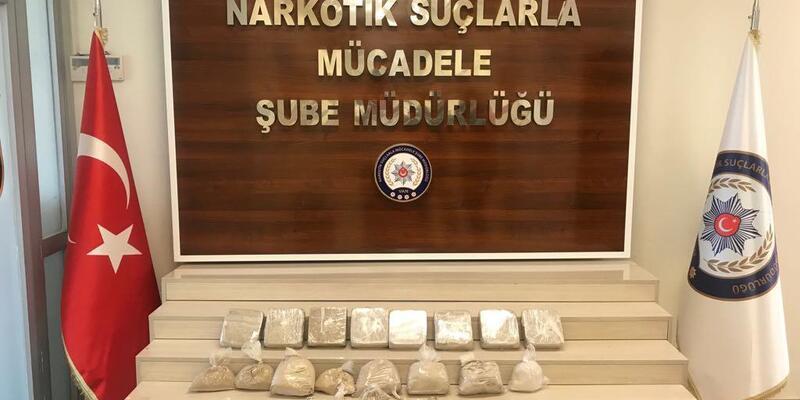 Gardıropta 13 kilo 756 gram eroin bulundu
