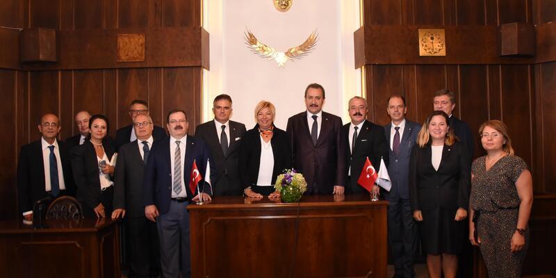 İzmir ve Şanlıurfa ticaret borsaları arasında iş birliği protokolü imzalandı