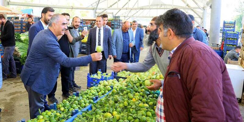 Başkan Aydın, pazarcı esnafıyla biraraya geldi