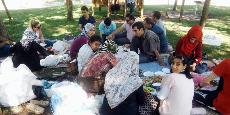 Kahramanmaraş'ta kursiyerlere piknik ve tekne turu