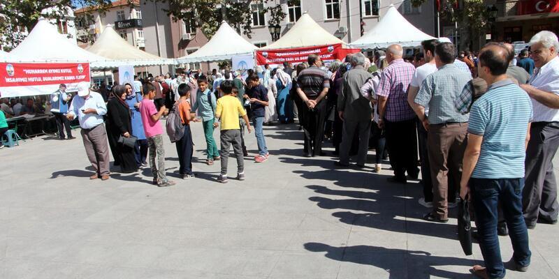 Tokat'ta 10 bin kişilik aşure ikramı