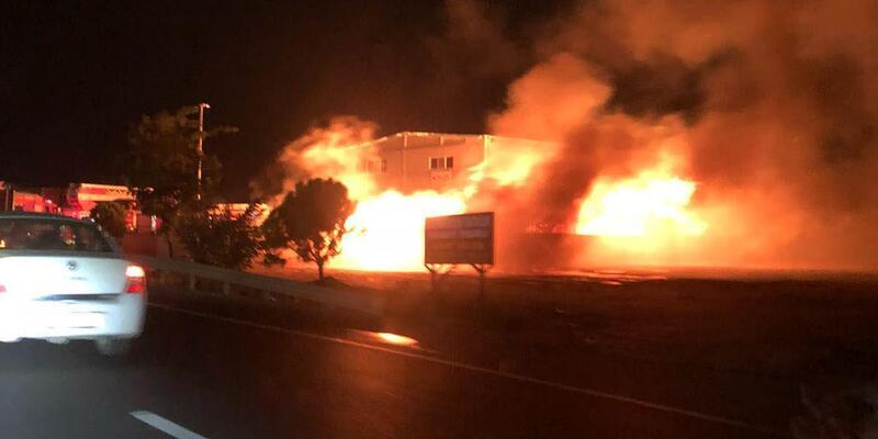 Palet fabrikasında korkutan yangın