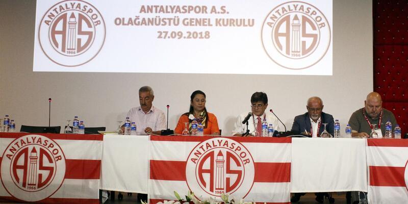 Ali Şafak Öztürk 3 yıllığına Antalyaspor genel başkanı