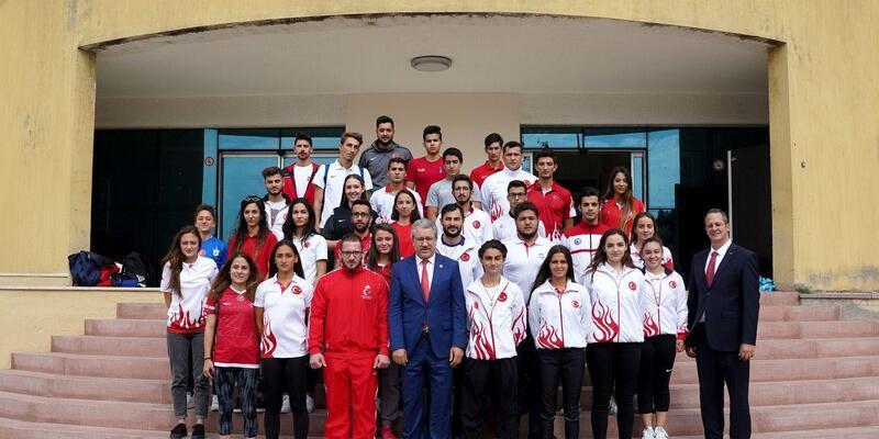 Milli atletler Ege Üniversitesi'ni tercih etti