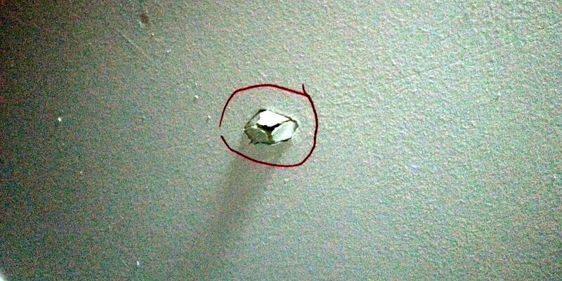 Maganda kurşunu evin tavanını delip, anneyi yaraladı