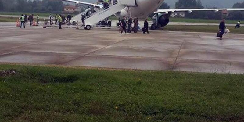 Alman yolcu uçağı Zonguldak'ta pistten çıktı/ Ek fotoğraflar
