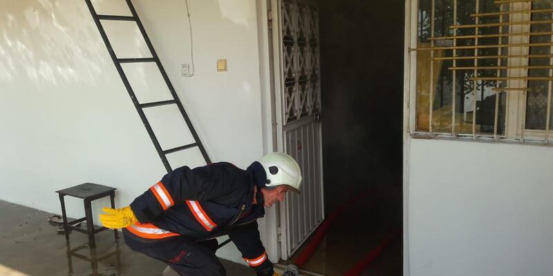 Malatya'da metruk evde yangın