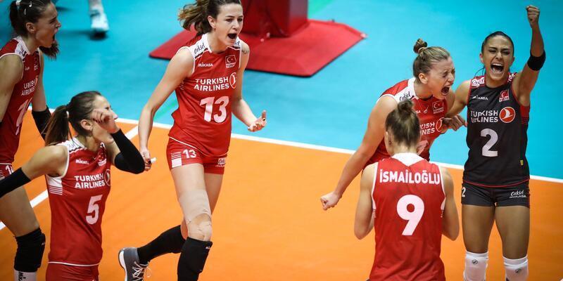 A Milli Kadın Voleybol Takımı, İtalya'ya 3 - 0 yenildi
